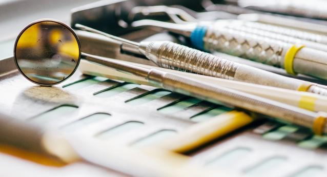Wenn Zähne zusammenbeißen – Zähneknirschen und die Folgen für Ihre Gesundheit